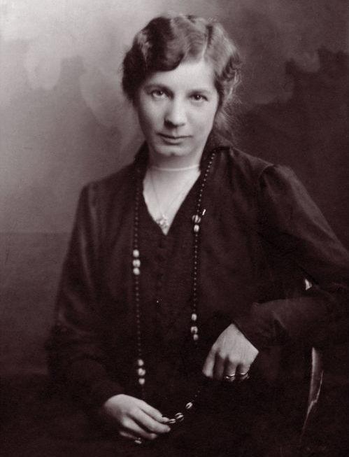 Portträttfoto på Elin Wägner