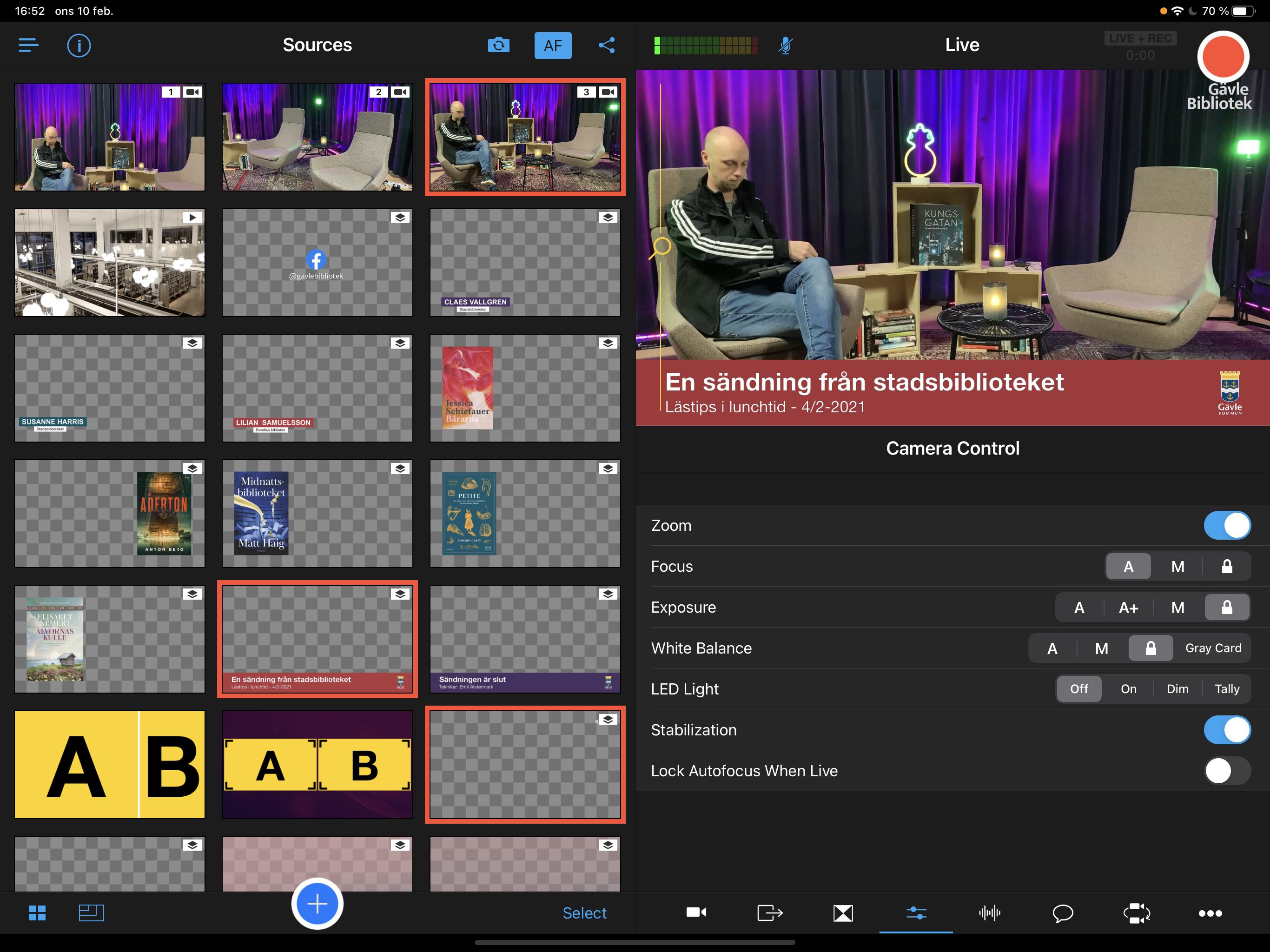 Switcher: Ett rutnät med olika scener och grafik.